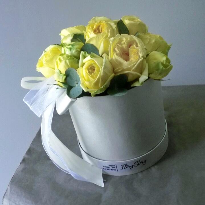 Шляпная коробка с пионовидной розой 176