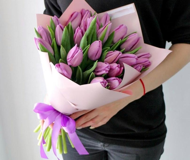 Букет сборный из 31 тюльпана 248