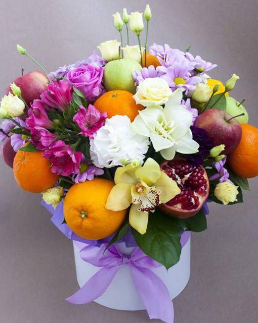 Коробка круглая (цилиндр) с цветами и фруктами 018