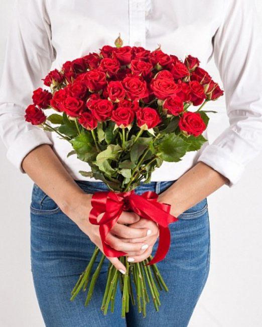 Букет сборный из кустовых роз 116