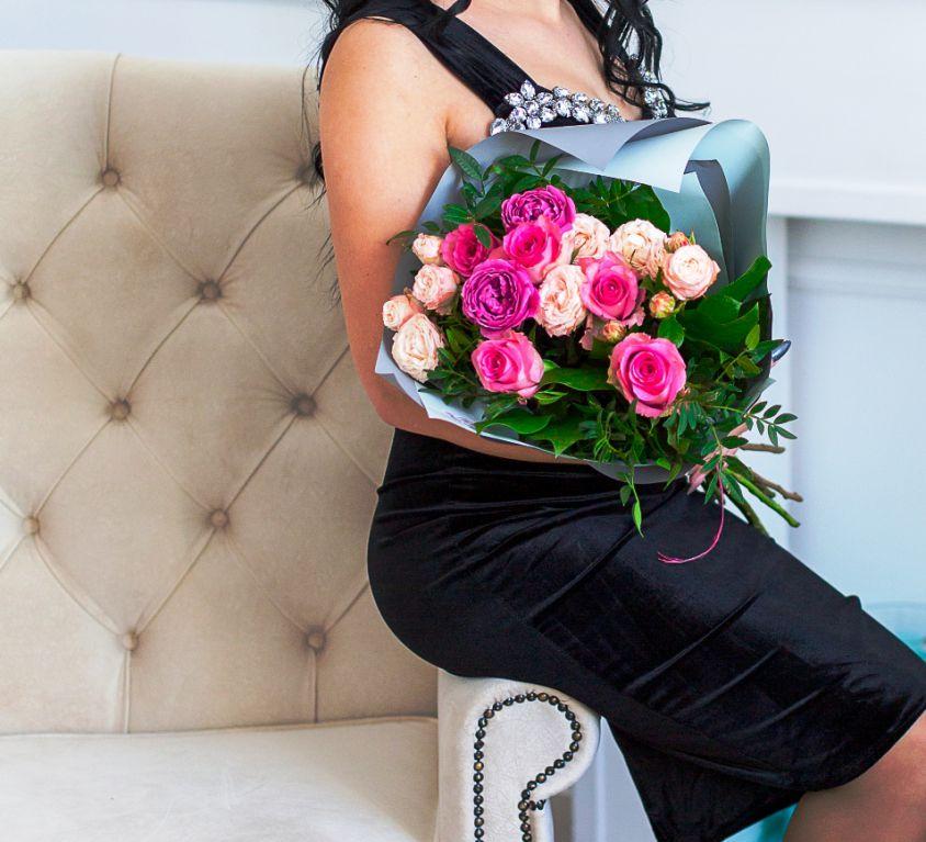 Букет сборный с розами 281