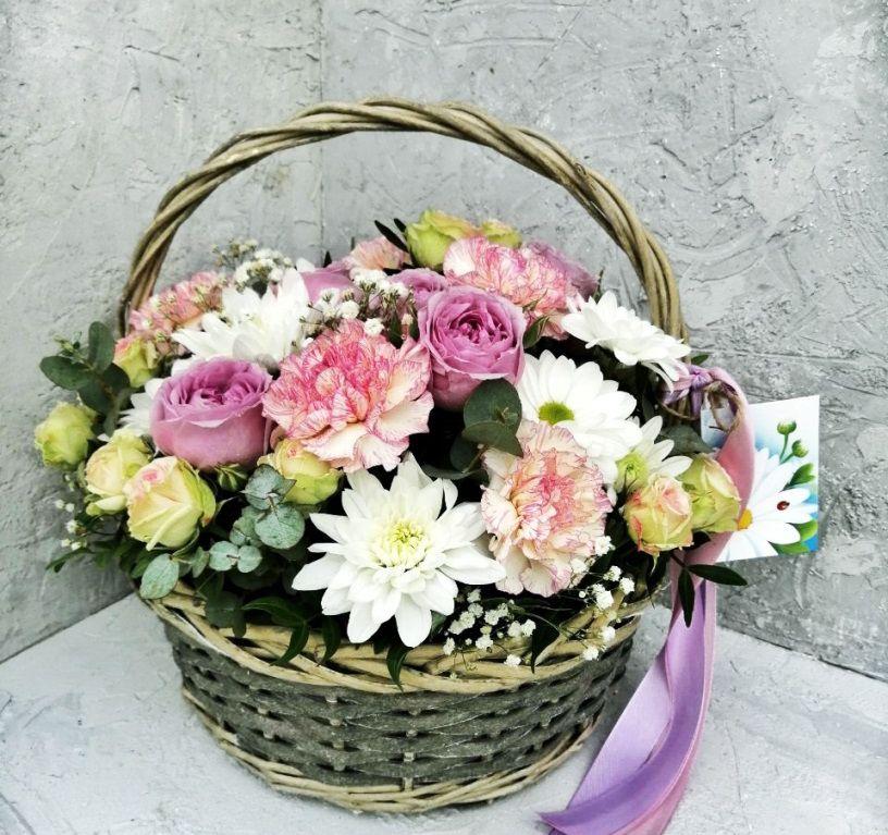Корзина с хризантемой, пионовидными розами 421