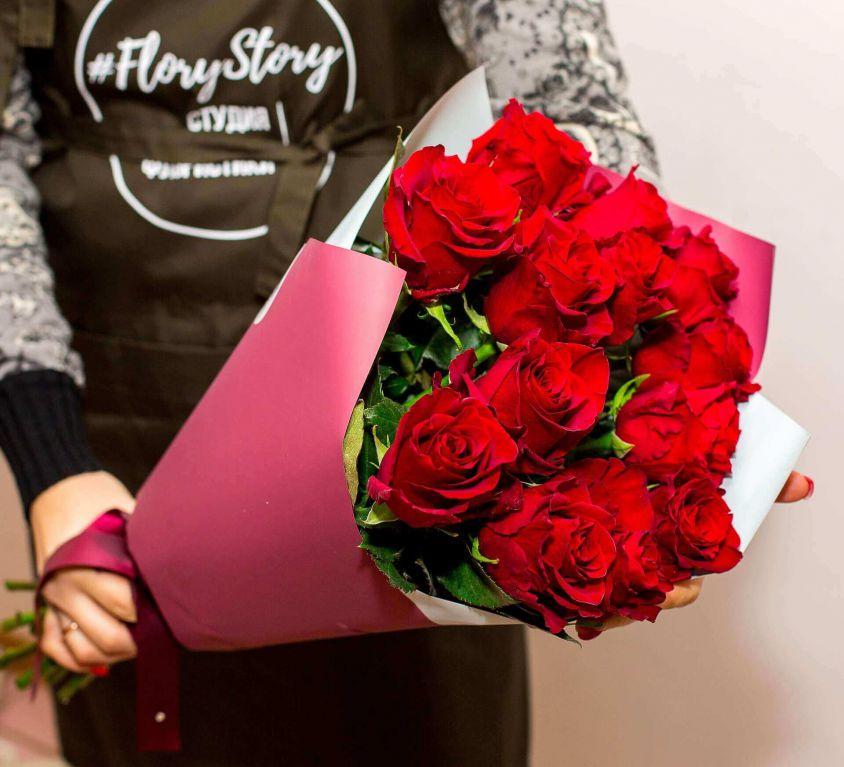 Букет из 15 красных роз 337