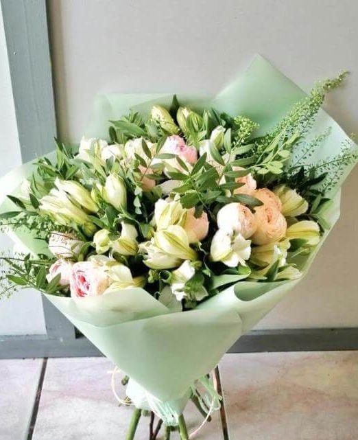 букет сборный с пионовидной розой (2) (1)