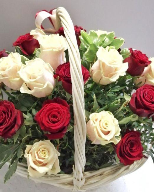 корзина с розами брест -2