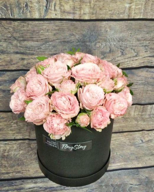 цилиндр с пионовидными розами бомбастик (1) (1)