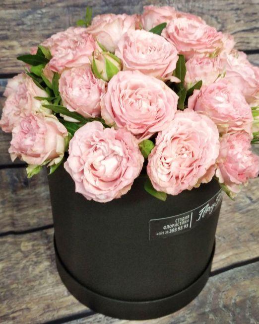 цилиндр с пионовидными розами бомбастик (1) (2)