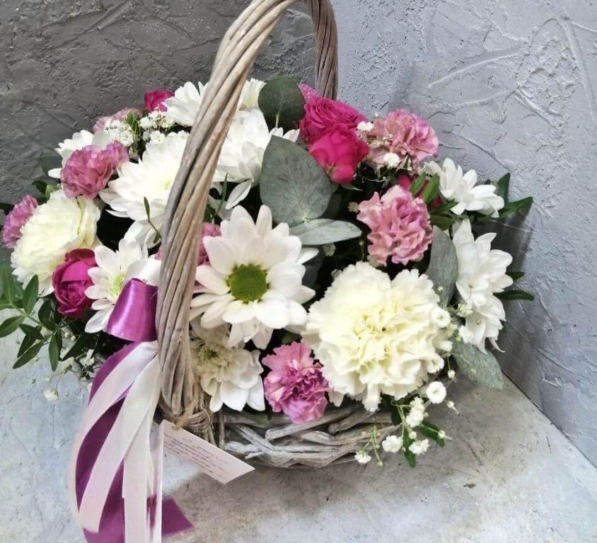 Корзина с цветами 361