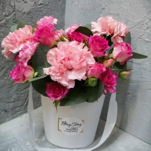Сумочка с розами, гвоздикой 351