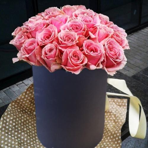 Коробка круглая (цилиндр) с цветами 009