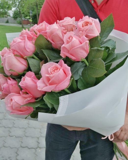 букет-из-15-розовых-роз