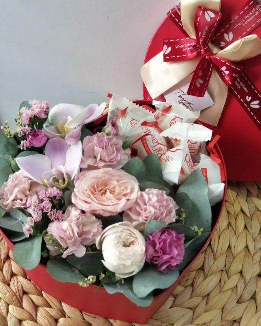 сердце с орхидеей и конфетами 2