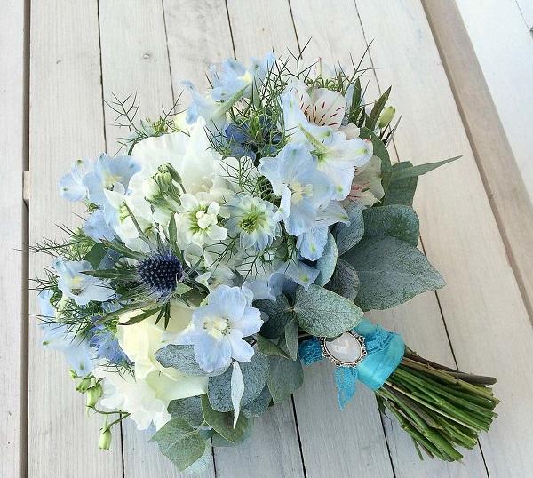 Свадебный букет невесты в голубых тонах — 718