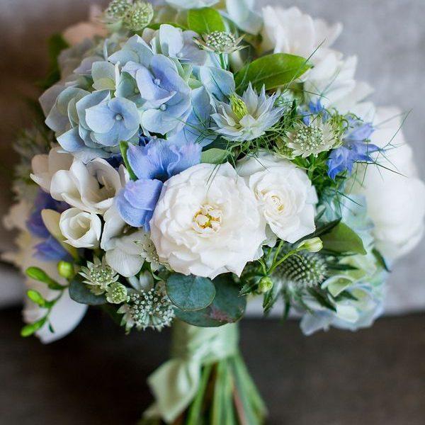 Свадебный букет невесты в голубых тонах — 719
