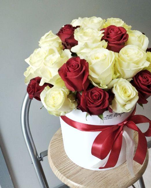 шляпная коробка с 31 розы