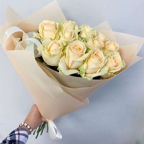 букет из 11 роз аваланж пич