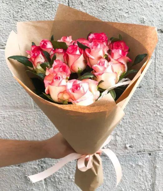 букет из 11 роз джумилия_