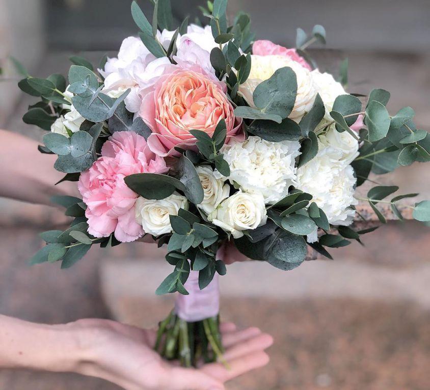Свадебный букет невесты с пионовидной розой — 733
