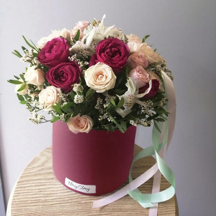 Коробка шляпная с цветами 518