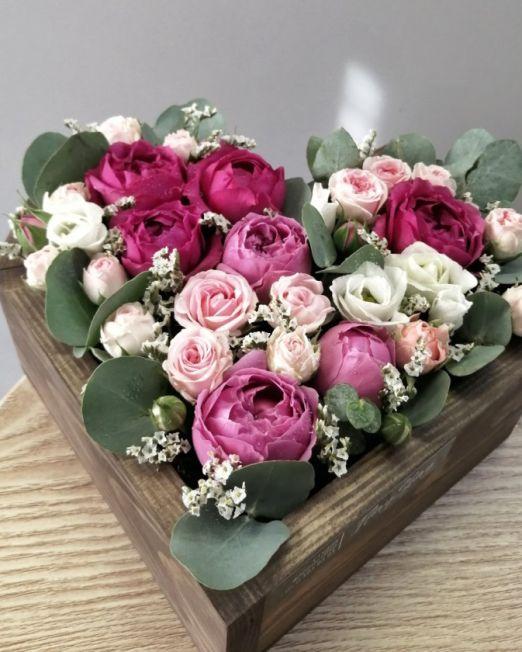 серде деревянное с цветами