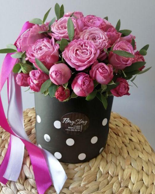 шляпняа коробка с пионовидными розами _1
