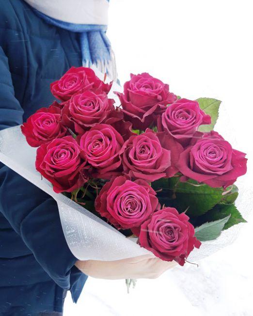 букет-из-15-темно-розовых-роз