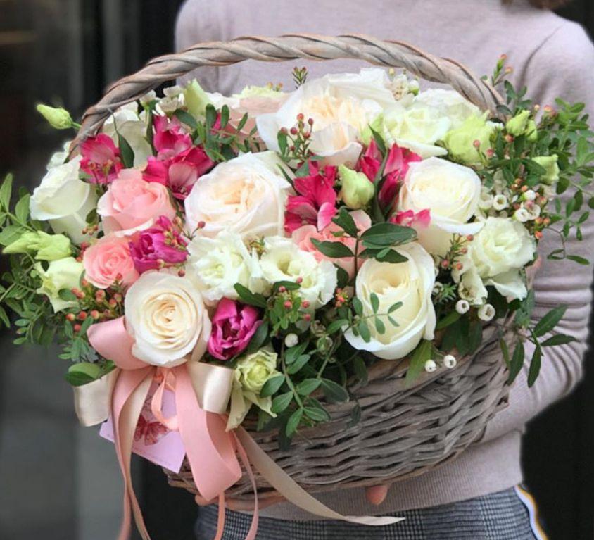 Корзина с цветами 476