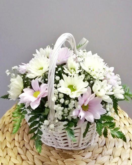 корзинка- лукошко с хризантемой ромашкой 2