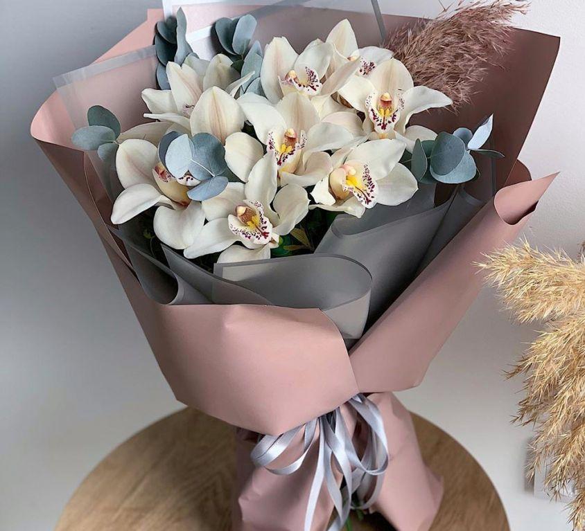 Букет сборный из орхидеи цинбидиум 453