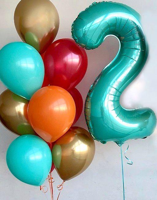 набор из латексных игелиевых шаров и цифры цвет ассорти