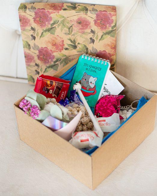 подарочный набор котик коробка с цветам, игрушкой, сладостями в Бресте_8161