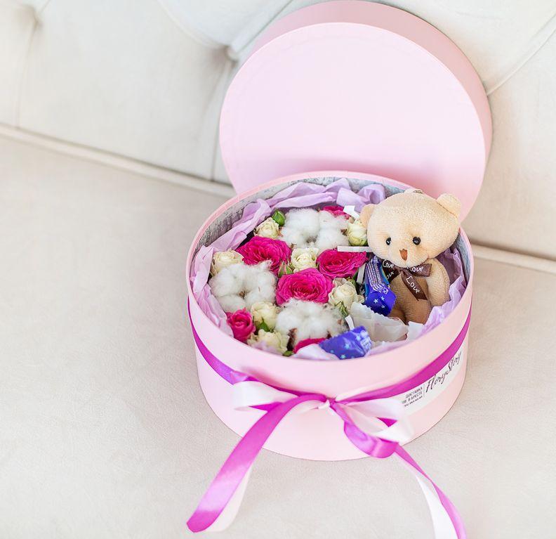 Подарочный набор с игрушкой, цветами «Нежность» 496