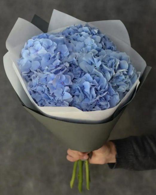 букет из 5 голубых гортензий 1