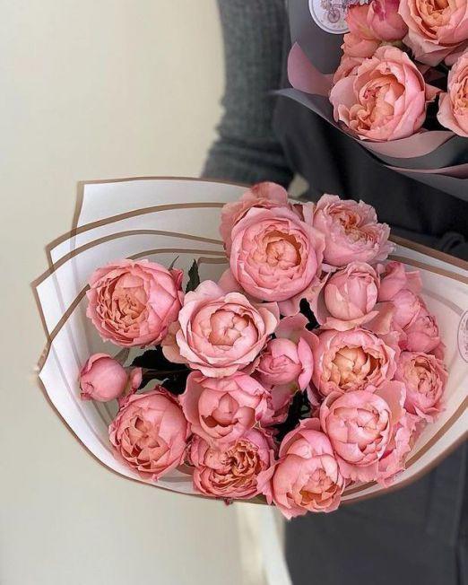 букет из пионовидной розы джульетта