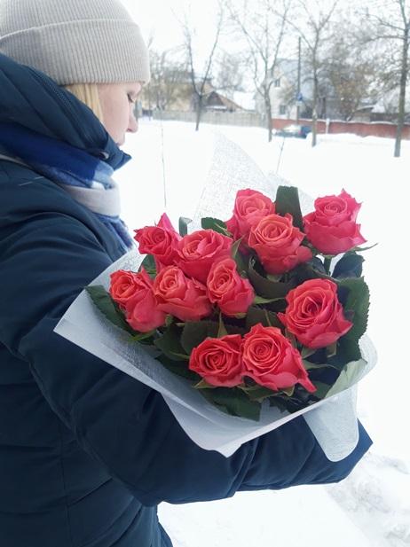 букет-из-11-розовых-роз