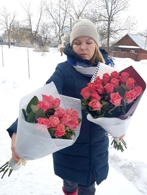 букет-из-11-розовых-роз.jpg