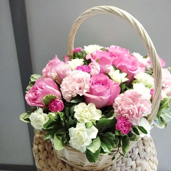 Подарочная корзина с розами 802