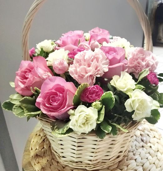 корзина подарочная с розами 589_2