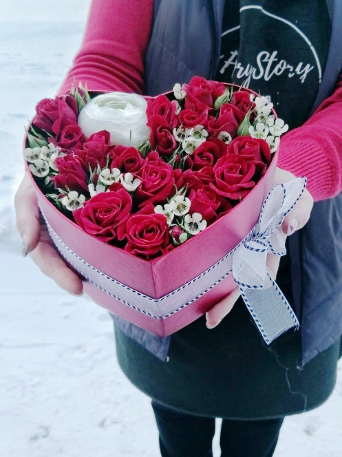 Сердце с цветами 620