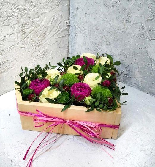 serdce-s-cvetami-v-derevyannoj-osnove-602-1