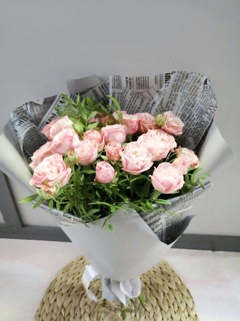 Букет сборный из пионовидной розы 656-2