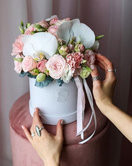 Коробка шляпная с орхидеей — 222