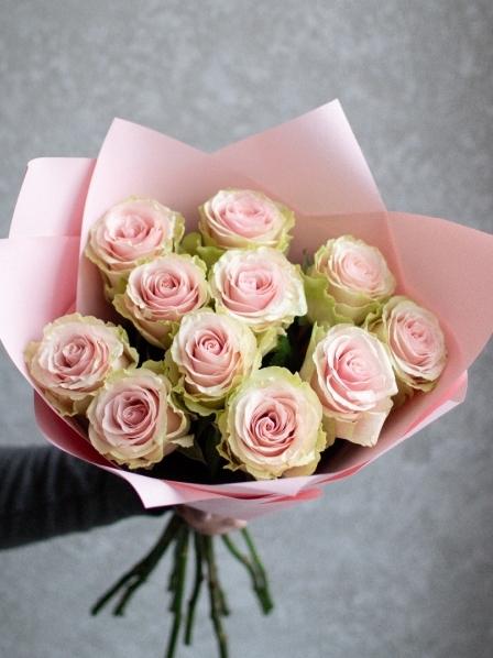 Букет из персиковых роз — 043